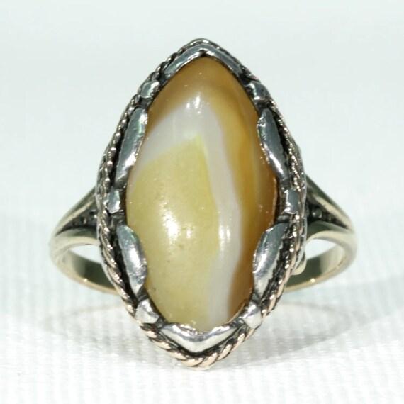 Size 5 Long Antique Victorian 10k gold banded agate navette gemstone ring