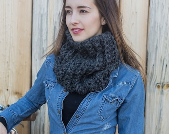 Chunky Cowl Scarf // Wool Knit Cowl // Loop Scarf // Oversize Cowl Scarf // THE URBAN COWL shown in Charcoal