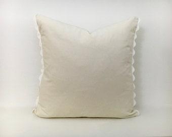 Off-WhiteVelvet Pillow Cover with Ric Rac Trim