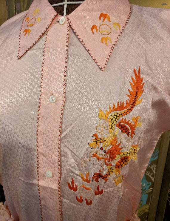 Vintage 30's/40's Pale Peach Asian Embroidered Sa… - image 2