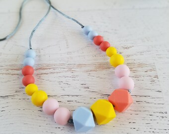 Baby Teething Necklace for Mom | Nursing Necklace Silicone | Geometric Necklace Silicone | Sensory Chew Necklace | Baby Shower Gift Girl