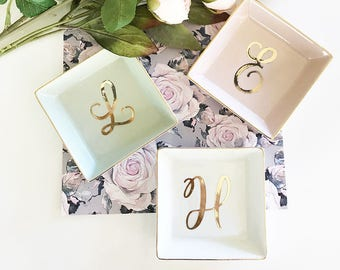 Monogram Jewelry Dish Personalized Ring Dish Monogram Bridesmaid Gift Bridesmaid Jewelry Dish Personalized Gifts for Women (EB3180SM)
