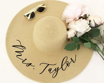 Floppy Beach Hat Personalized Bride Hat Floppy Hat with Name Custom Personalized Beach Hat Honeymoon Must Have Honeymoon Gifts (EB3270P)