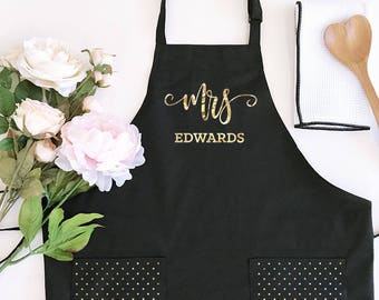bride apron mrs apron personalized bride gift kitchen bridal shower gift for bride mrs apron wedding shower gift for bride eb3242mrs