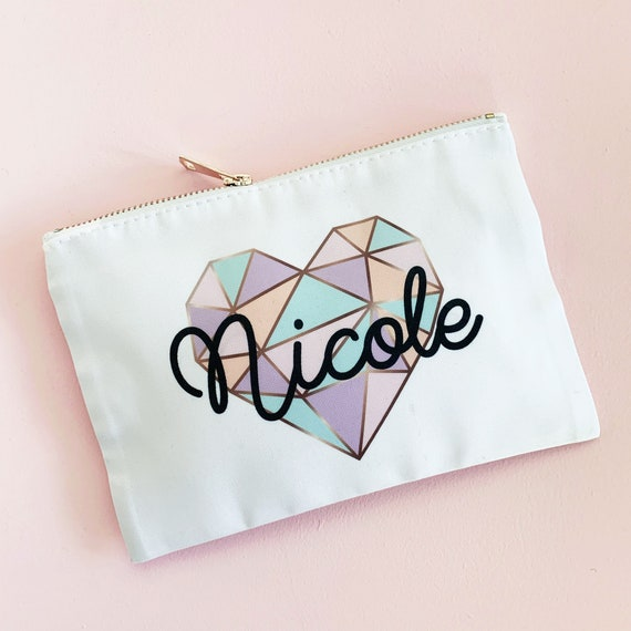 Personalized Makeup Bag Heart Name Cosmetic Pouch Cute Bridesmaid Gift Ideas Personalized Gifts For Teens Women Girls Eb3302geo By Mod Party Catch My Party