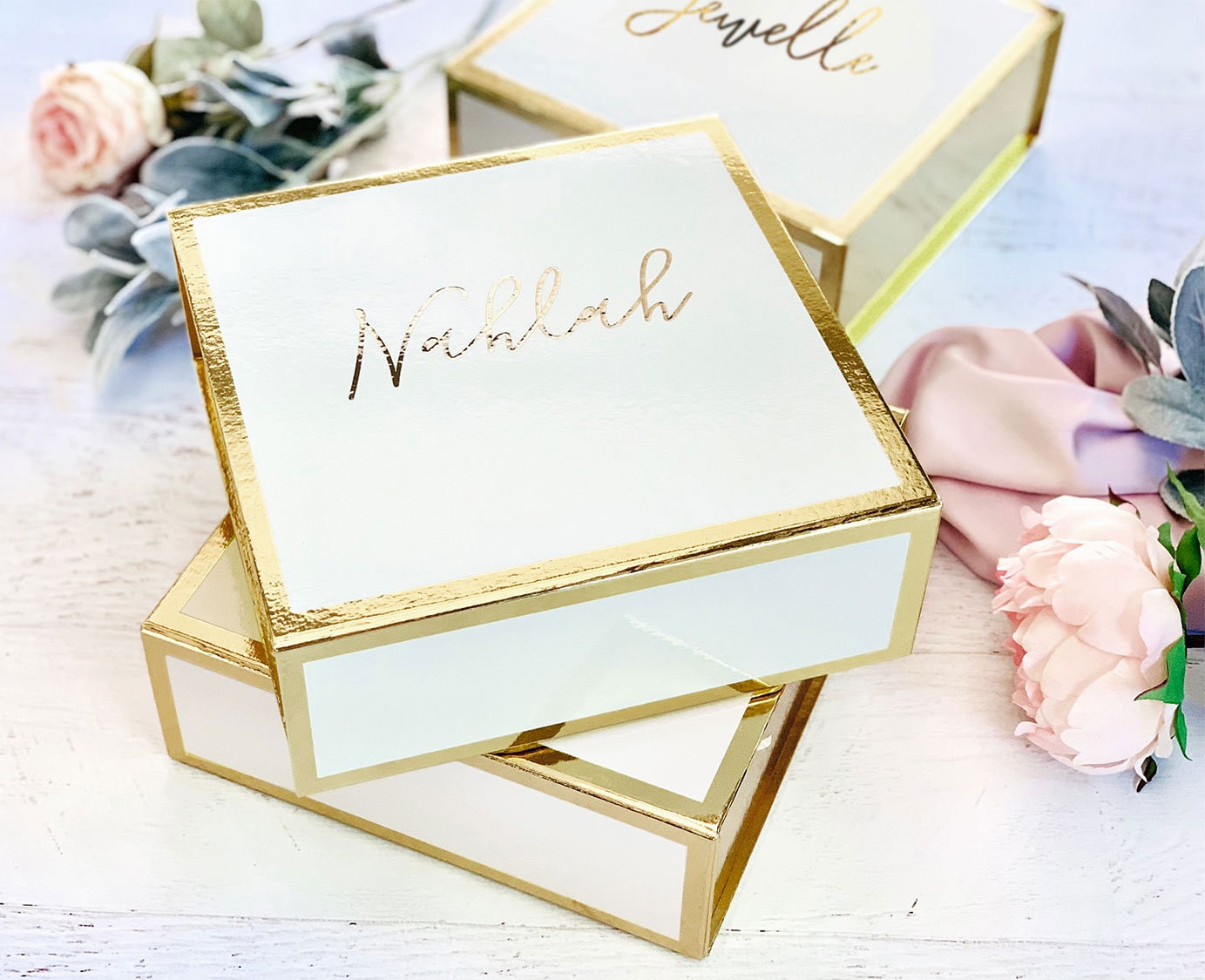 bridesmaid gift box bridesmaid boxes personalized gift box etsy. Black Bedroom Furniture Sets. Home Design Ideas