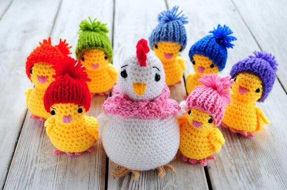 Free Easter chicken crochet pattern - Amigurumi Today   378x570