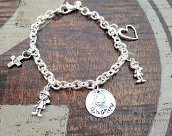 Mother Charm Bracelet Grandma Charm Bracelet Grandchildren Name Bracelet Handstamped Bracelet Personalized Bracelet Handstamped Jewelry
