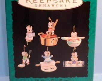 1994 Baking Tiny Treats Hallmark Retired Miniature Ornaments Set/6