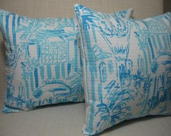 Lilly Pulitzer Accent Pillow with INSERT (Choose Size) Resort White La Via Loca /Preppy/Dorm Bedding/Baby Gift/Home Decor