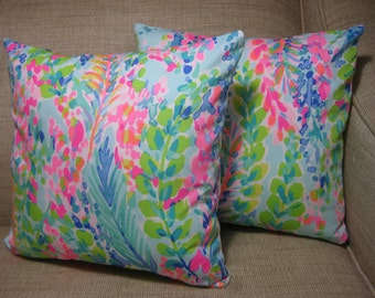 """Lilly Pulitzer (Catch the Wave) Accent Pillow with INSERT 12""""x12""""  / Preppy/Southern /Sorority Gift/Dorm Bedding/Baby Gift"""