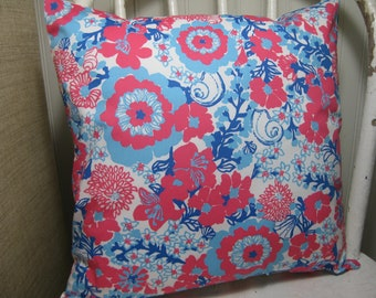 """Lilly Pulitzer Accent Pillow with INSERT 12""""x12""""  / White Shell Yeah/Preppy/Southern /Sorority Gift/Dorm Bedding/Baby Gift"""