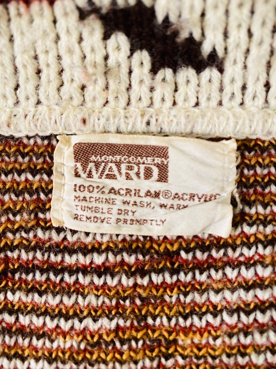 Vintage Sweater Cape from Montgomery Ward - image 6