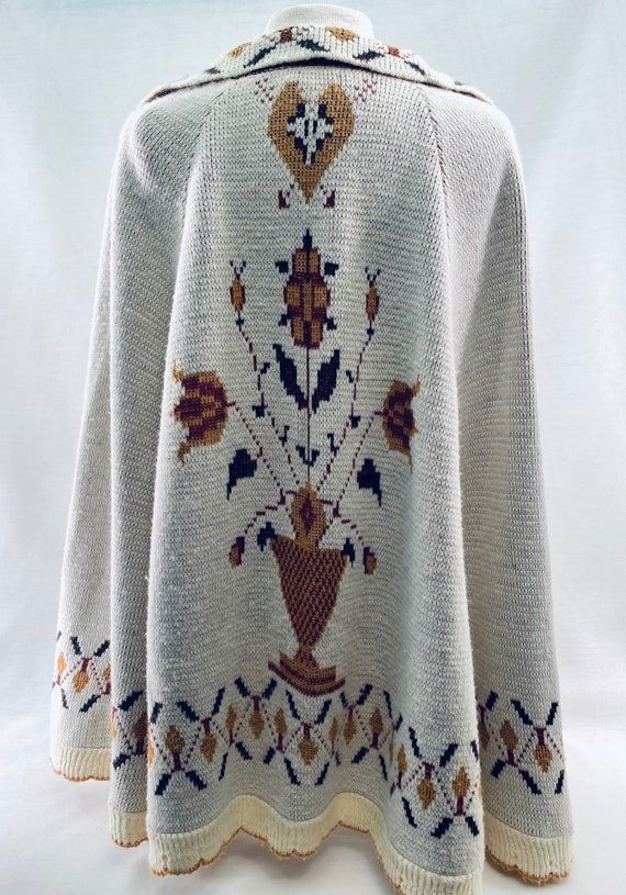 Vintage Sweater Cape from Montgomery Ward - image 3