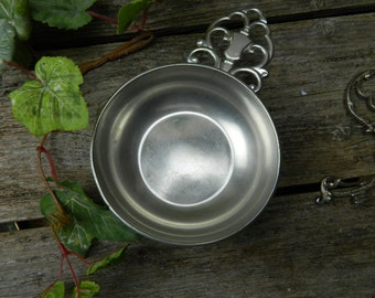 Vintage Daalderop Royal Holland Pewter Porringer
