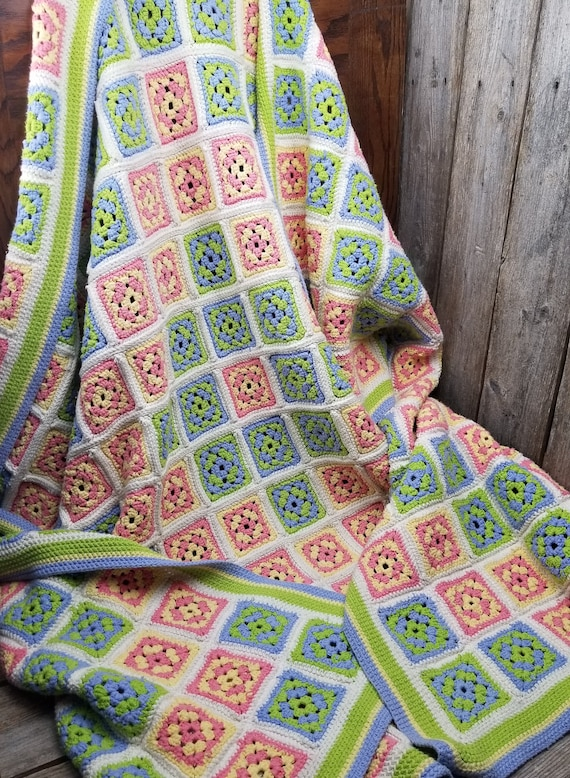 Beautiful Vintage Hand Crocheted Granny Square Th… - image 1
