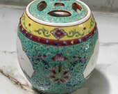 Very Unique Chinese Jingdezhen Famille Rose Porcelain Hand Painted Jar