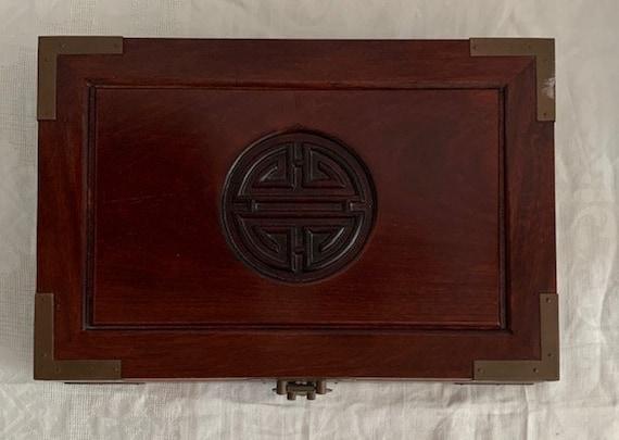Chinese Vintage Hand Carved Vintage Rosewood Chine