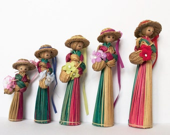 Vintage straw dolls, Scandinavian dolls, Swedish Figurines, small ladies, girls room decor