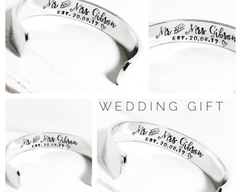 Wedding Gift | Brides Gift | Anniversary Gift | Groom Gift | Personalized Jewelry | Mr and Mrs Gift | Personalized Bracelet (W246)