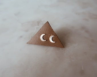 Gold Crescent Moon Stud Earrings in 14/20 Gold Fill