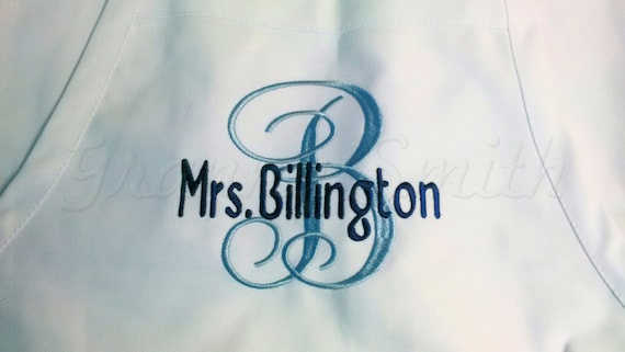 """3 pocket monogram apron w initial & name (24""""L x 28""""W). Bow or not? Wedding, birthday, picinc gift, bridal party, mom, aunt, teacher, sister"""