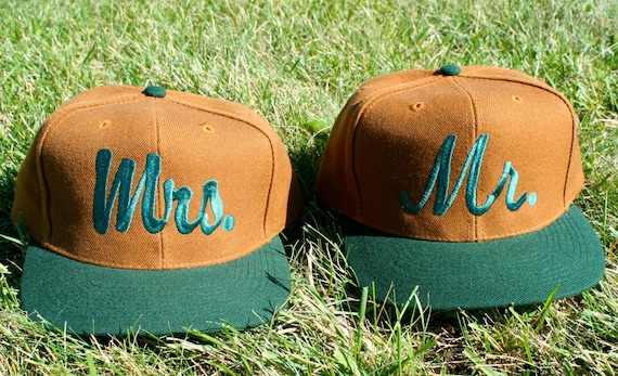 Set of 2 baseball caps / hats. Mr and Mrs matching embroidered. Great for honeymoon or destination wedding. Very classy and preppy!