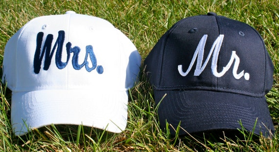 Mr and Mrs matching embroidered Set of 2 baseball caps / hats. Great for honeymoon or destination wedding. Very classy and preppy!
