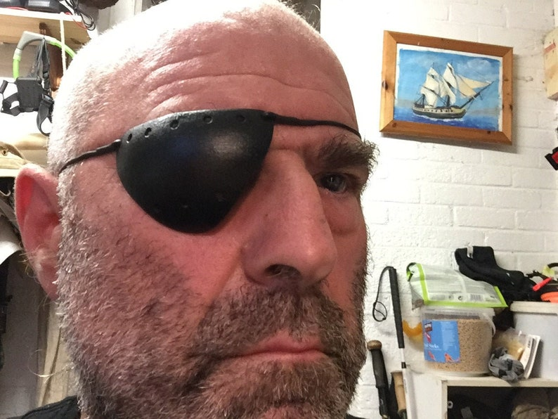 Fenestrated Eyepatch for Extended Wear image 0