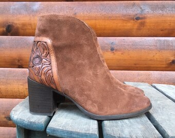 66245670d 6.5 Frye ankle boots booties block heel 6 1/2 hand tooled western brown  suede leather stacked high heel