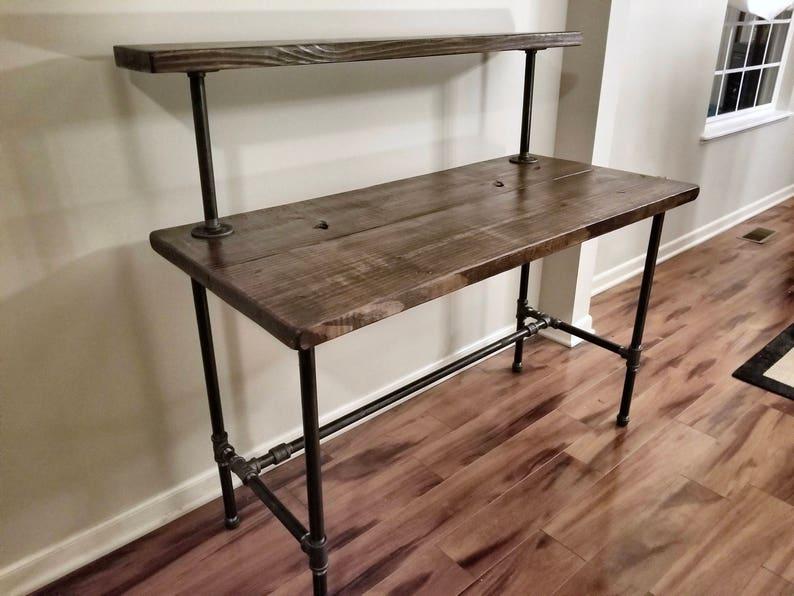 En acier et bois bureau bureau fer tuyau avec étagère en etsy
