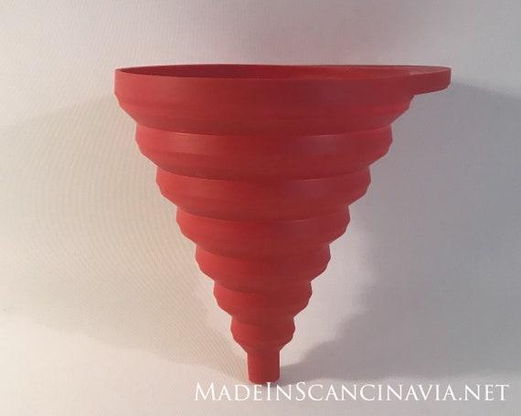 Normann Copenhagen Red funnel - collapsible