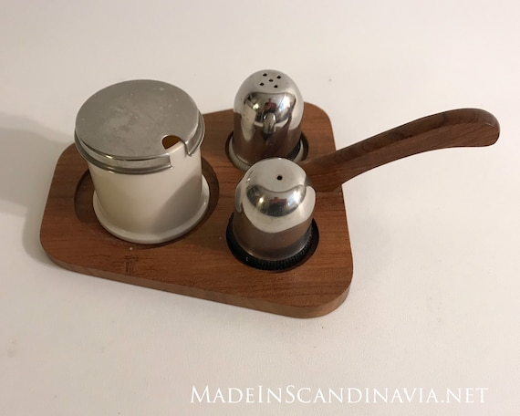 Midcentury Retro Condiment set - teak, plastic, and steel