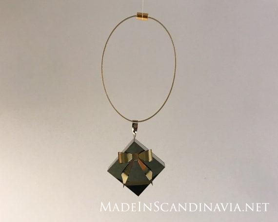 MENU Magnetic Christmas Garland - Present