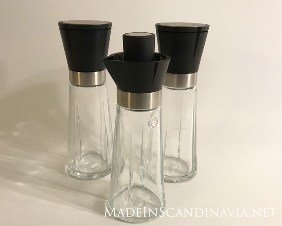 Rosendahl Grand Cru Salt and Pepper Mill and oil jar