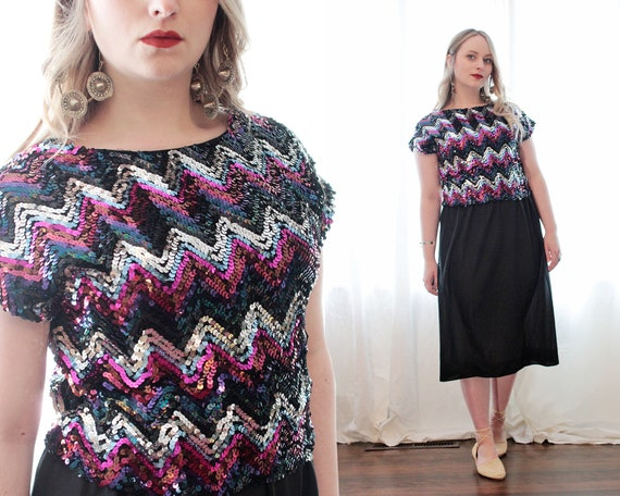 Vintage 1980s chevron striped sequin cropped top c
