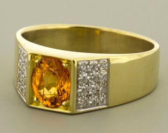 18K Yellow Gold Ring with Yellow Sapphire and Diamonds