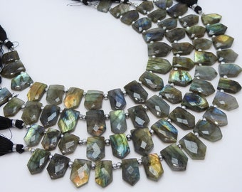 LABRADORITE 1.Strand 5 Pcs Faceted Fancy Tumble Shape Briolettes 100/% Natural Beautiful Quality Discounted Price New Arrival