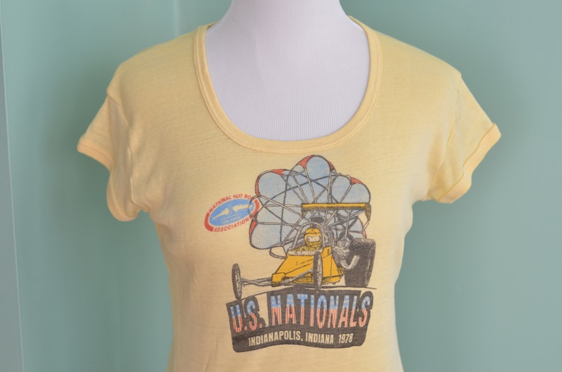 00bc29d1abcfe Vintage 70s T-Shirt US Nationals Hot Rod Association 1978 Indianapolis Drag  Racing Paper Thin Women's Medium Yellow Tee