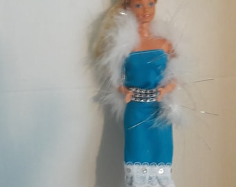 BARBIE HAT BANDS FOR VINTAGE BARBIE CLOTHES BOA TURQUOISE FEATHER HAT BAND