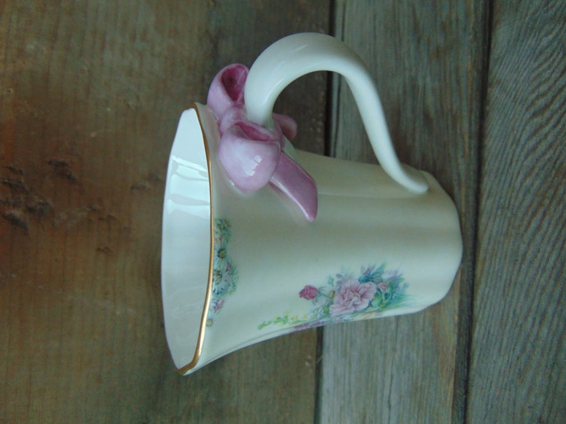 Cream Carnation Tea Cup Coffee Cup And Saucer By Bradford Etsy