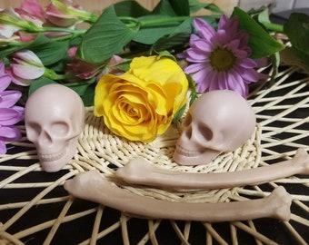 Small Skull and Bone Soap, Skull Soap, Human Skull, Headhunter 3D Skull,Halloween Soap, Goth Soap,Gift For Him, Shrunken Skull
