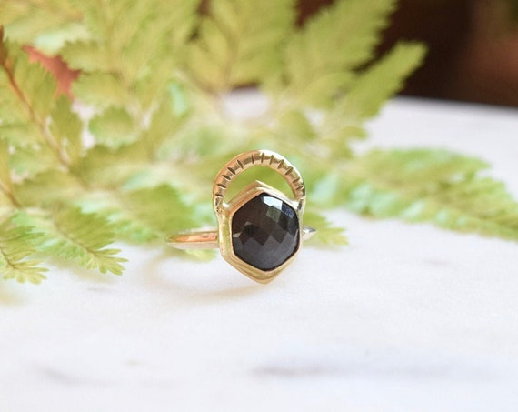 Sapphire Gold Ring Solitaire Ring Hexagon Engagement Unique Black Natural Stone Rings Gifts for Her Wedding Bridal Geometric Alternative