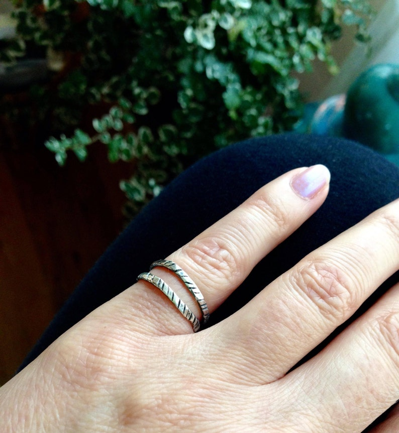 Silver Double Band Ring Midi Ring Stacking Ring Pinkie Ring Layering Ring Hand Stamped Hammered Boho Jewelry Everyday Silver Ring Bohemian