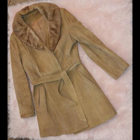 Vintage leathercraft Belted trench coat fur collar
