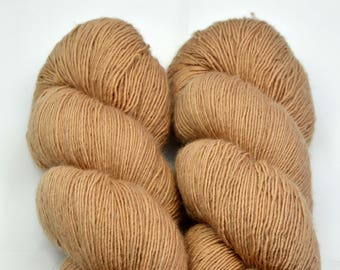 MERINO SINGLE Terre dyed with Almond Mall