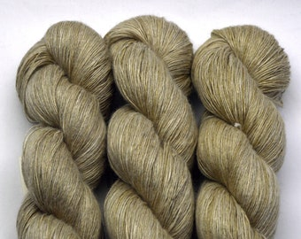 Linen Corda, hand-dyed with natural colours, 100g-840 m,
