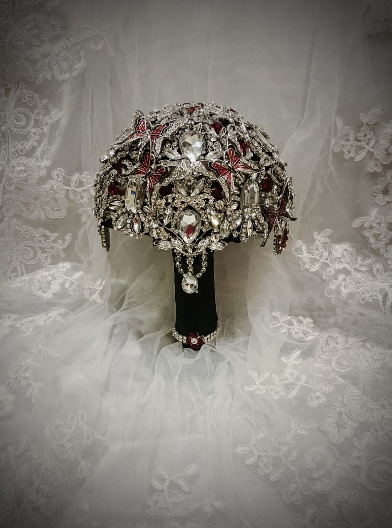 FULL PRICE Fleur De Lis Crystal Bling Heirloom Diamond Broach Bouquet Black Red Butterfly Wedding Brooch Bouquet Day of the dead wedding