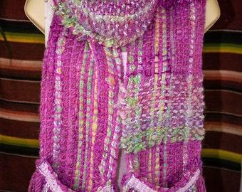 Pink Art Yarn Scarf with Pockets Handspun Chunky Extreme Art Yarn Scarf Weaving Art Yarn Artistic Yarn Gothic Chic Boho Yarn