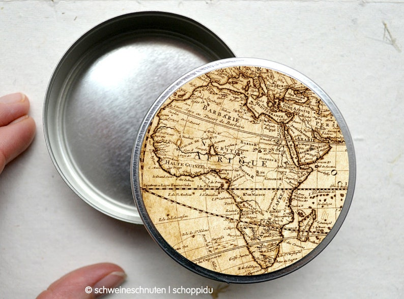 Candy can vintage Map